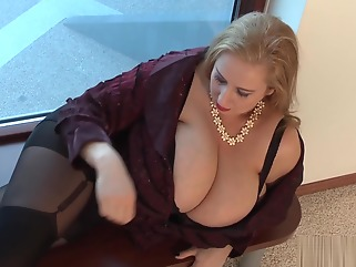hd big tits blond